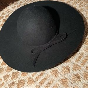Zara Ribbon Trim Floppy Hat